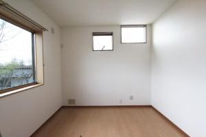 2階 洋室03