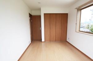 2階 洋室04