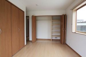 2階 洋室06